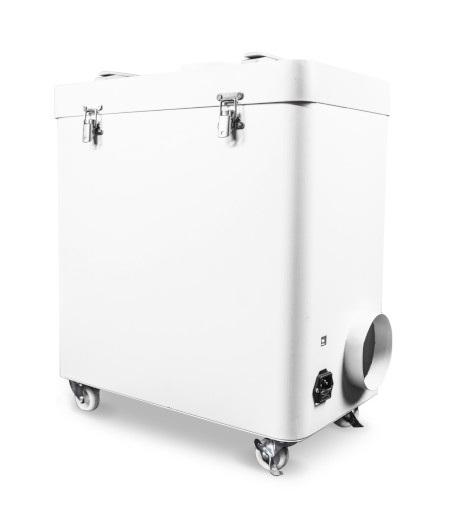 Wbudowane kółka umożliwiają wygodne przemieszczanie urządzenia.
