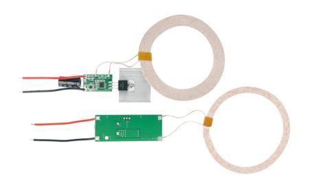 Wyprowadzeniami nadajnika i odbiornika są przewody ze zdjętą izolacją, do których podłączyć należy zasilanie.